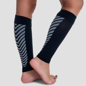 Remedy Calf Compression Sleeve Socks, Black